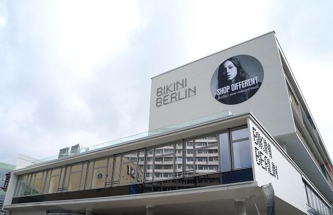 Bikini Haus schräg