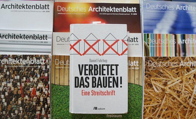 """Cover Deutsches Architektenblatt und """"Verbietet das Bauen!"""""""