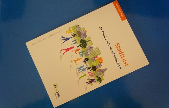 """Cover Magazin """"politische ökologie"""""""